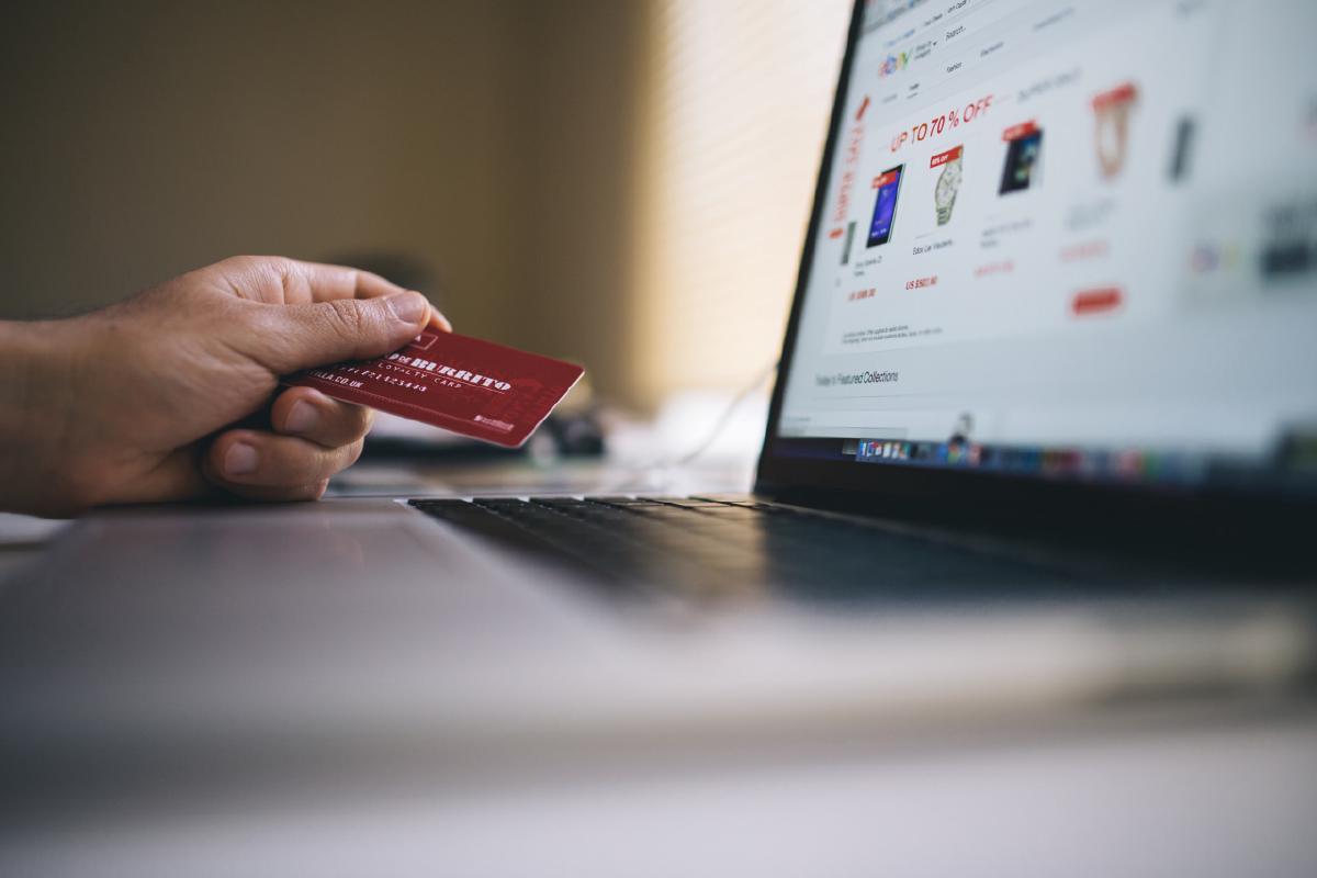 มีหนี้บัตรเครดิต แต่อยากจะกู้ซื้อคอนโดให้ผ่าน ต้องทำอย่างไร