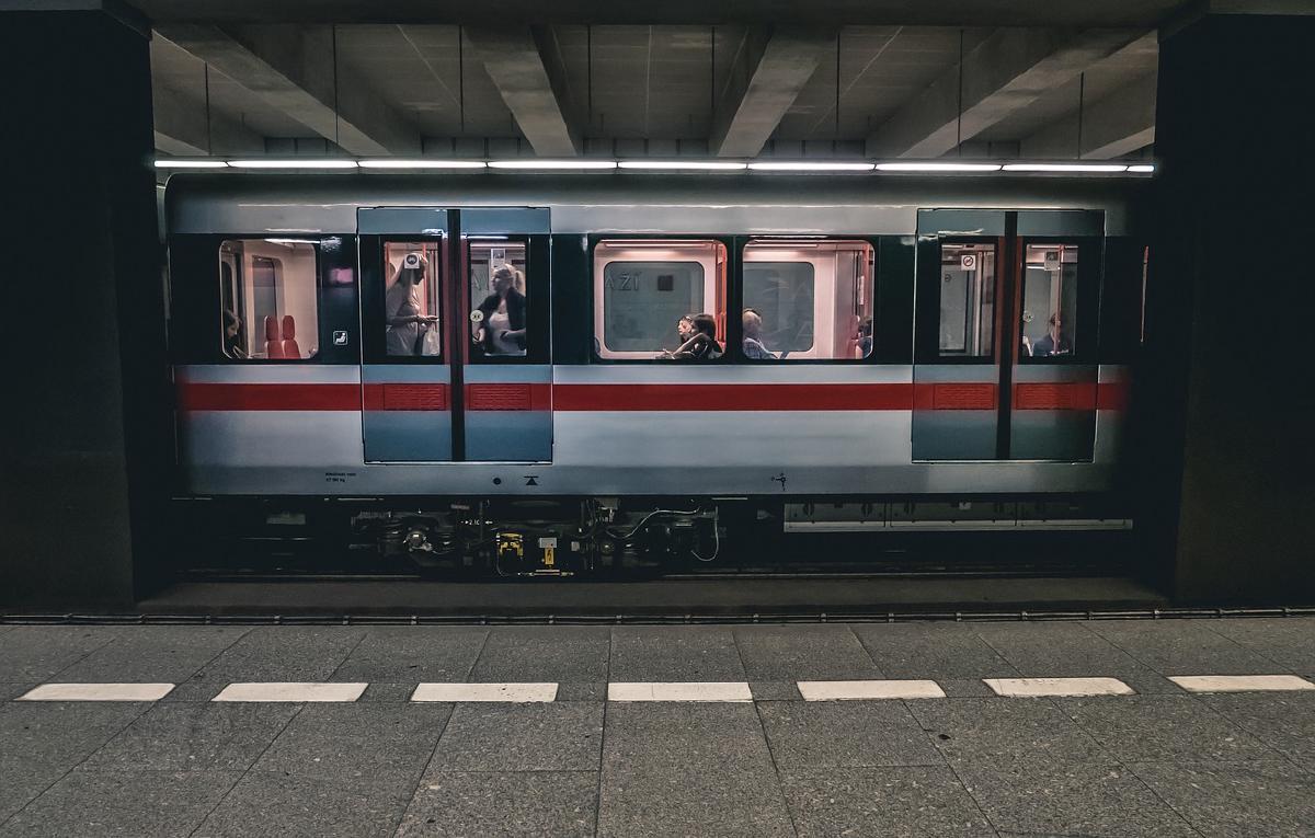 รถไฟฟ้าสายสีม่วงใต้6