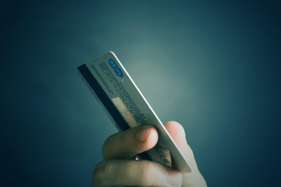 รูปบทความ ทำบัตรเครดิตธนาคารไหนดี 2563 นี้ตามหาบัตรเครดิตผ่านง่ายอนุมัติไว