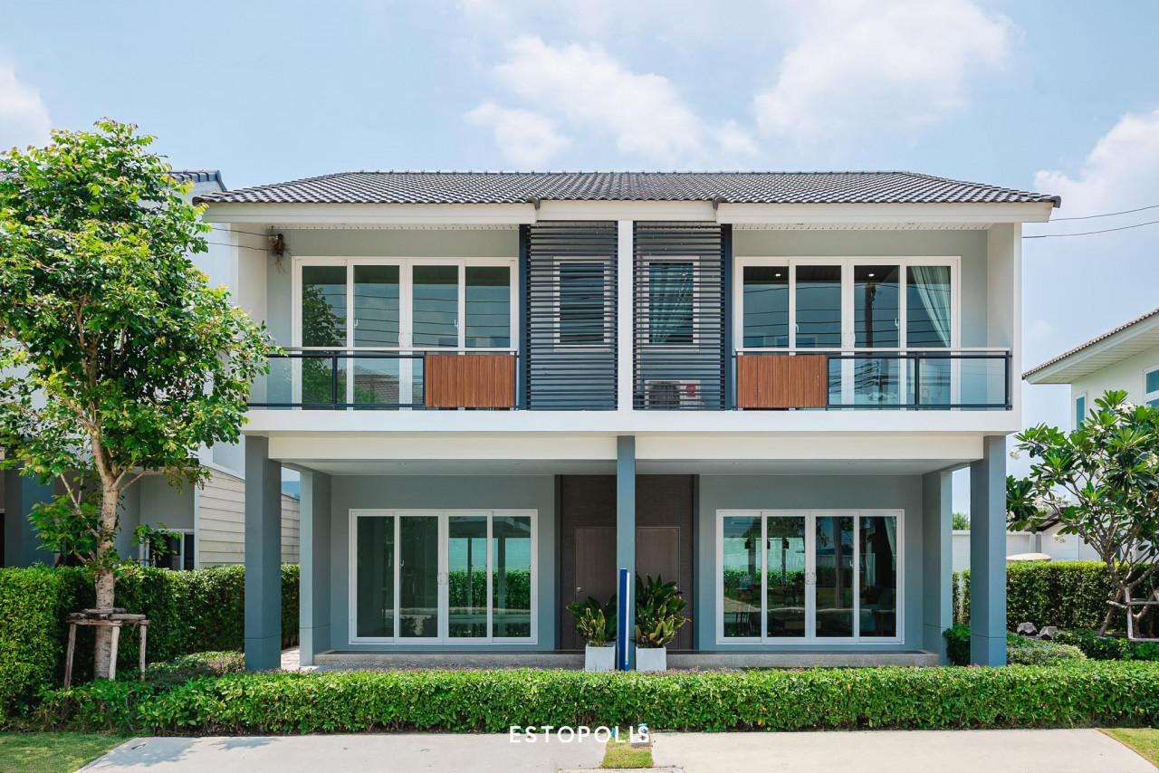 รูปบทความ ทาวน์โฮมกับบ้านเดี่ยวต่างกันอย่างไร ซื้ออะไรดี แบบไหนที่เหมาะกับคุณ