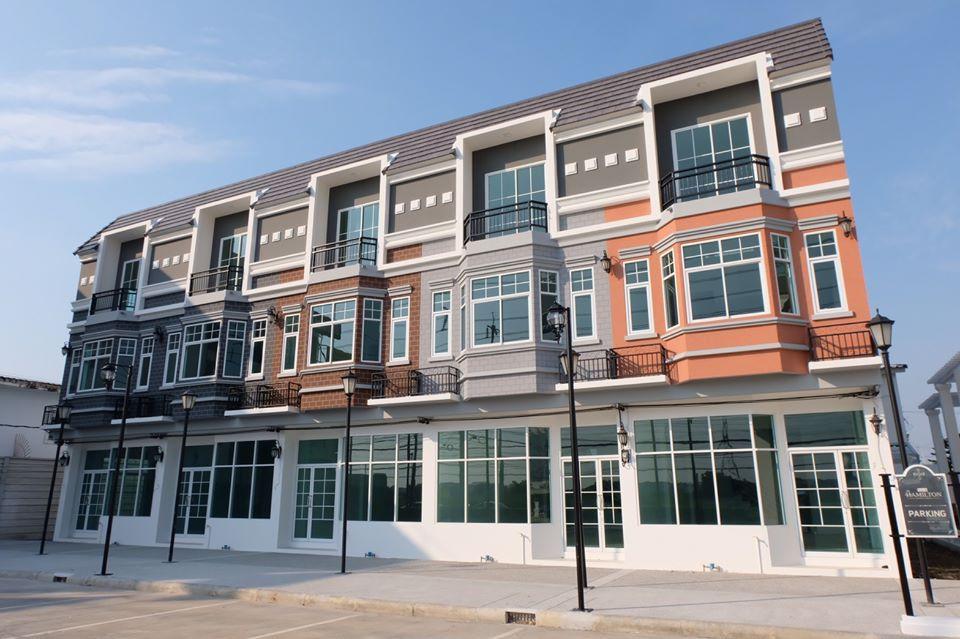 รูปบทความ ดี - แลนด์ ตอบโจทย์ลูกค้า - นักลงทุน เปิดอาคารพาณิชย์ 3 ชั้น