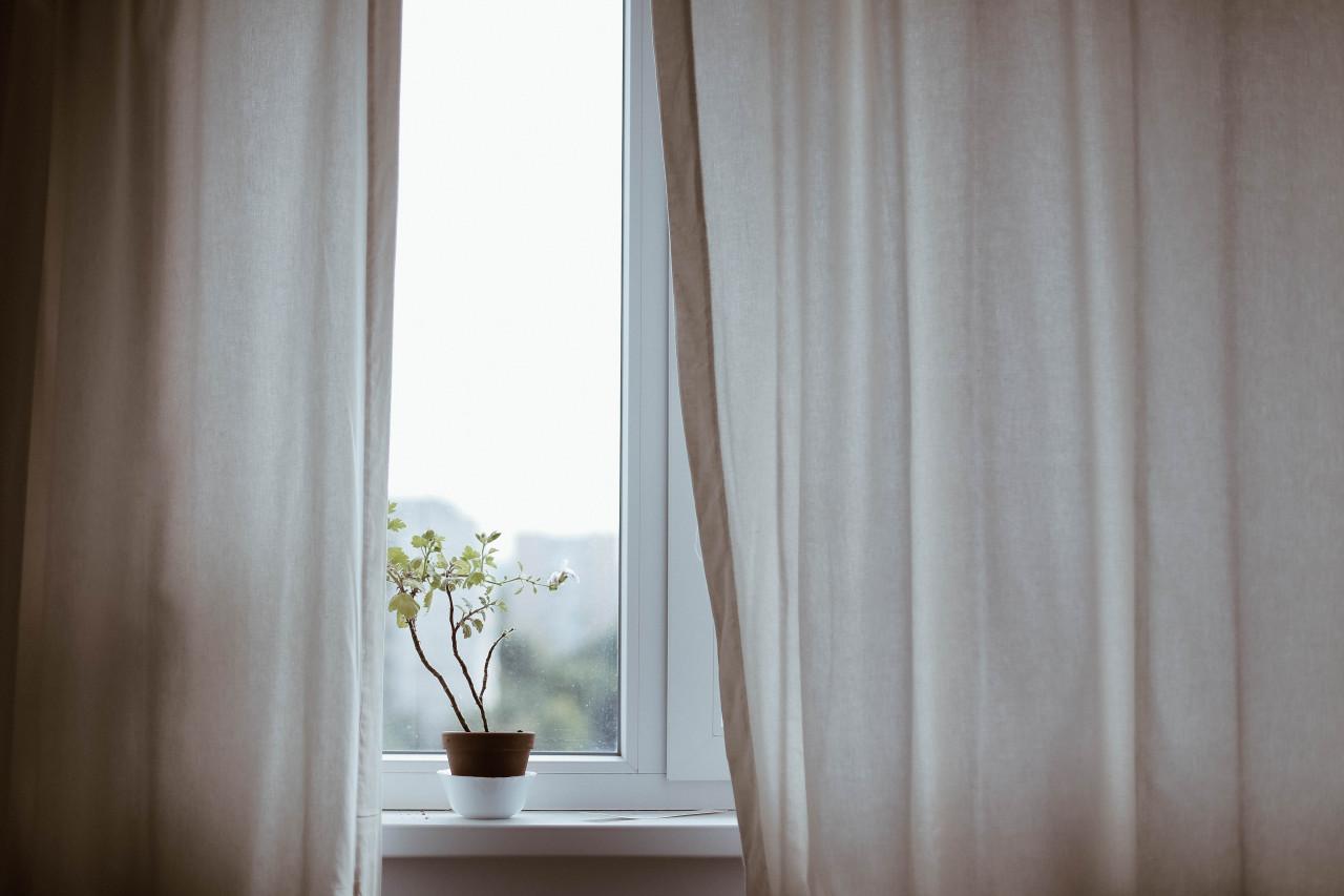 วิธีเลือกผ้าม่านหน้าต่างจากขนาดและพื้นที่