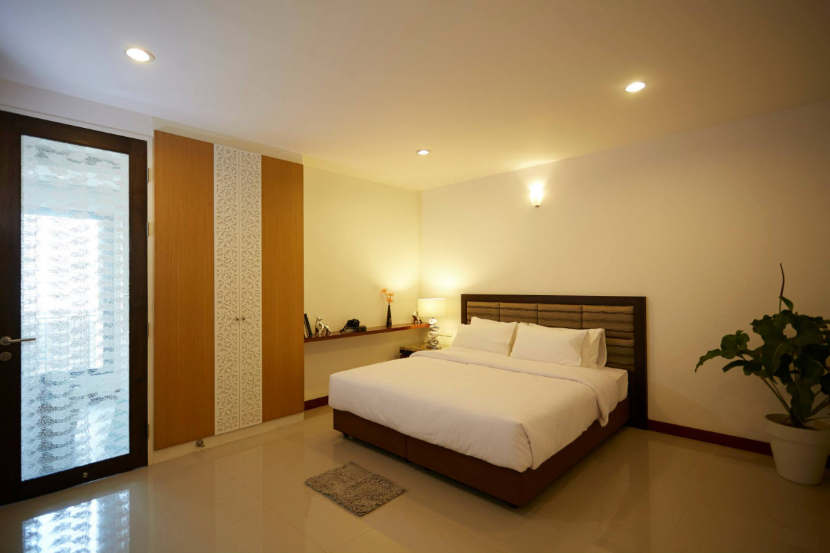 ประกาศRENT, Condo 3 Bedroom, 120 Sq.M in Ekkamai Only 50,000 THB