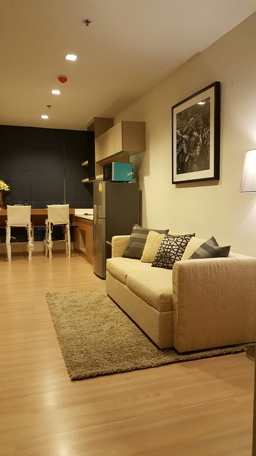 ประกาศCondo for rent 1 Bedroom, 35 Sq.M. in Saphan Taksin area ONLY 23,000THB