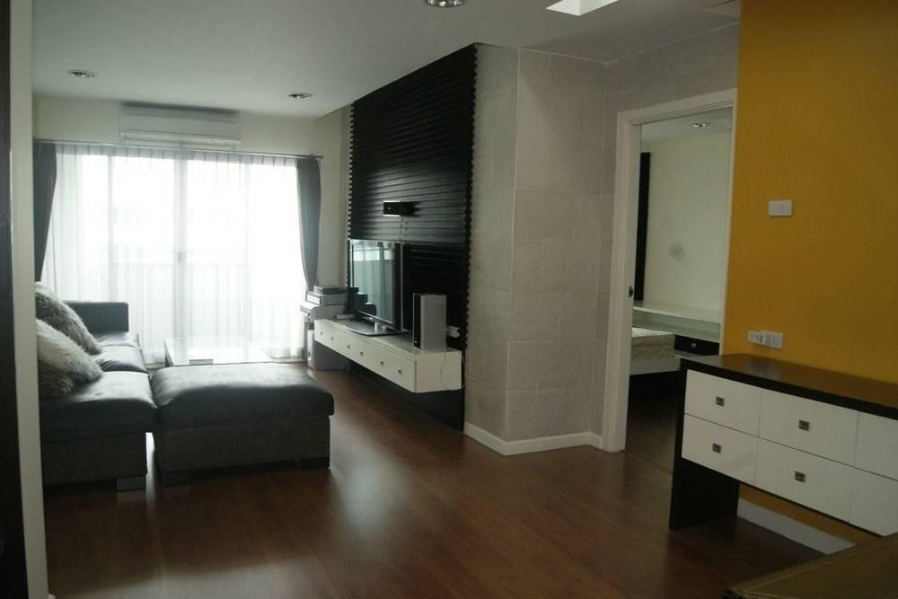 ประกาศCondominium for SALE, 2 Bedrooms 90 Sq.M. in Thonglor area ONLY 8,900,000 THB