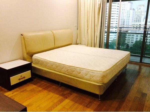 ประกาศLuxurious 2 plus1 Bedroom at The Madison for sale with Tenant- Prompong BTS Station